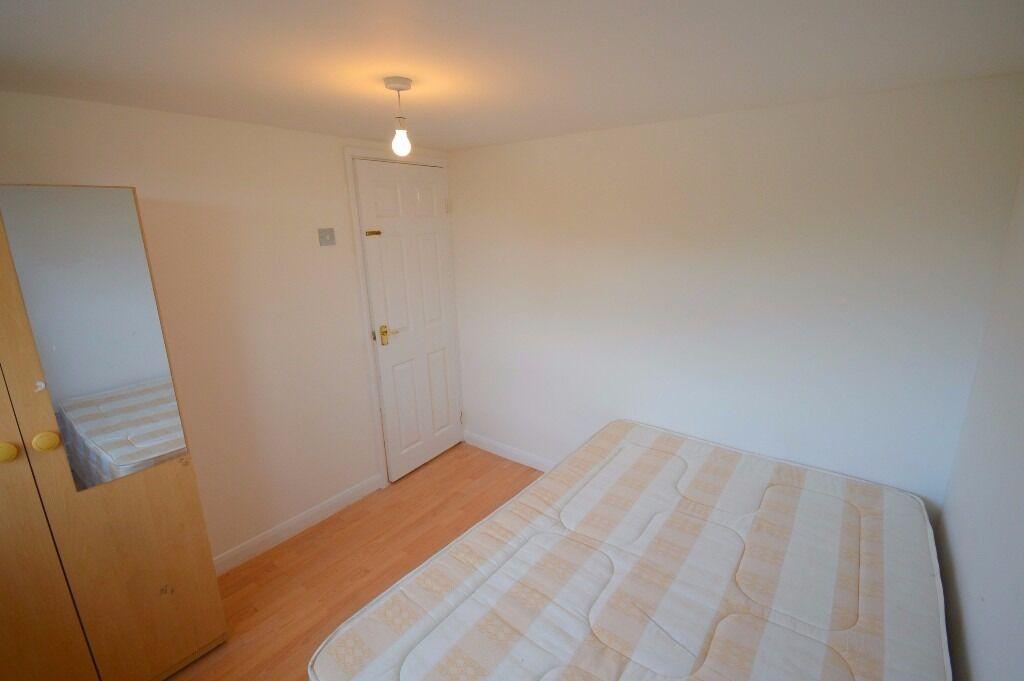 Beautiful 1 bedroom flat to rent on Charter Avenue, Newbury Park, including all Bills