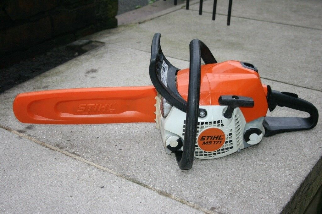 21ef29a885a Stihl MS171 petrol chainsaw excellent condition