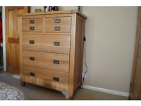High Quality Solid Oak Chest of drawers