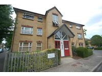 Recently refurbished modern 1 double bedroom flat in Chiswick