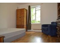 C Fantastic Double Room in Dalston - Available Now
