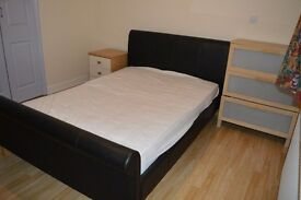 Large room available from now - LONG TERM