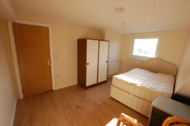 4 Bedroom Flat *Available NOW*