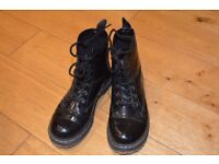 Ladies Size 4 Dr Marten style boots in patent black