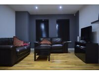 STUNNING 2 BEDROOM APARTMENT LOCATED IN BECKTON