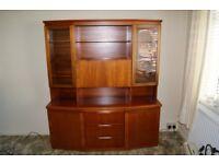 Display cabinet/sideboard.