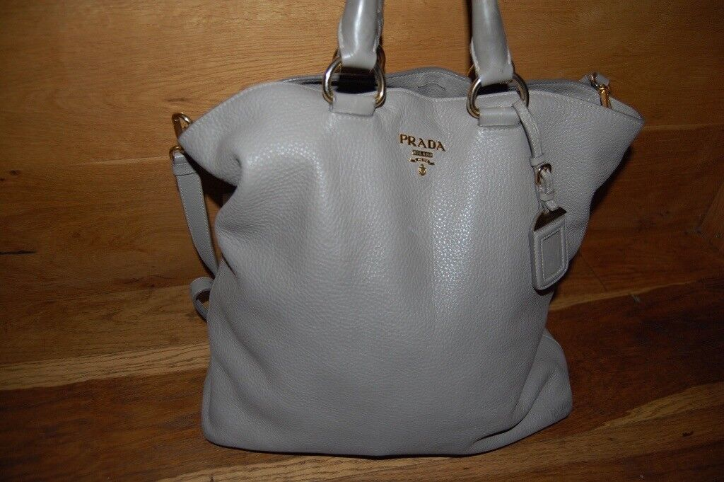 4329c3b23653 Authentic PRADA Vitello Daino Tote Pomice bag Handbag in Grey