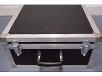 Flight Case re-enforced for instrument or equipment protection. Foam insert. Medium size.