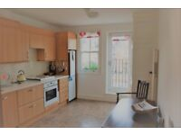 2 / 3 bedroom property in Chiswick