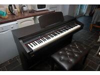 Chase mahogany electric piano TG8865 - weighted keys - 7 octaves