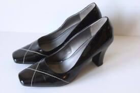 Clarks Black Smart Office Slip On Heels Size UK 6.5