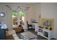 ONE DOUBLE BEDROOM GARDEN FLAT , HORFIELD £700PCM