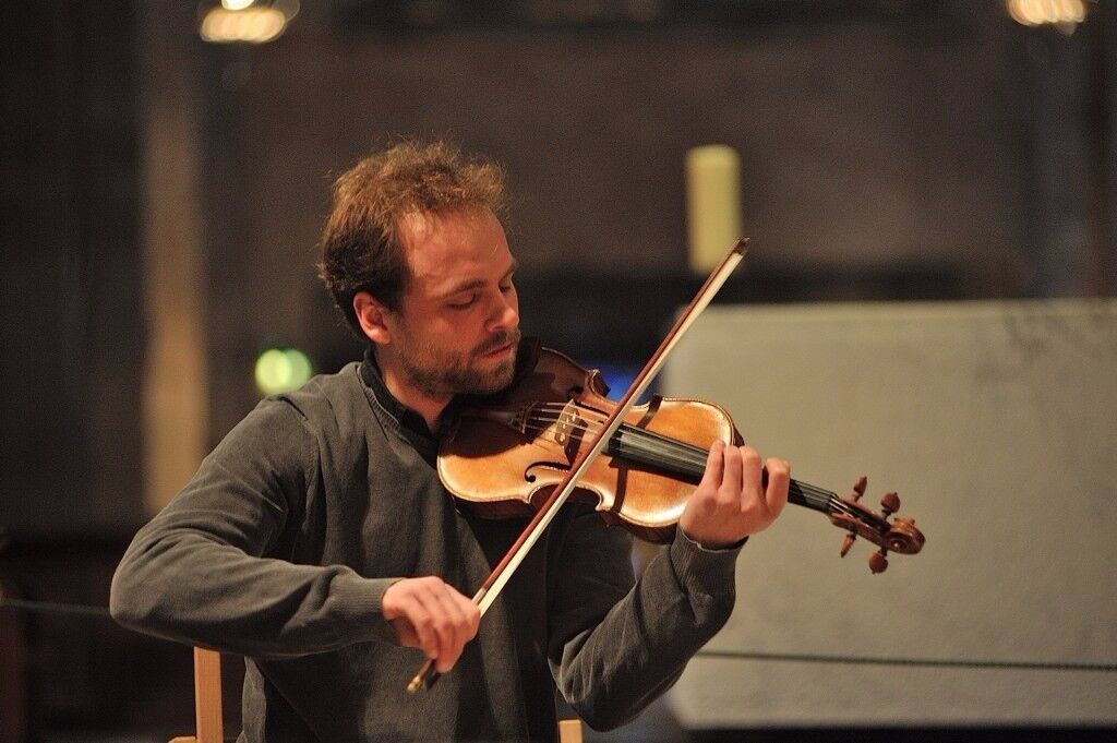 Experienced violin, composition and improvisation tutor