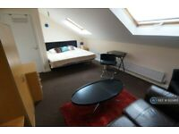 1 bedroom in Window Lane, Liverpool, L19 (#932483)