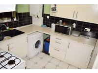 AMAZING THREE DOUBLE BEDROOM FLAT AVAILABLE IN MILE END CLOSE TO QUEEN MARY UNIVERSITY, LONDON E1