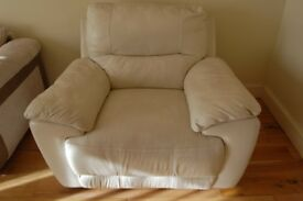 Reclining Leather Sofa Chair, white leather in very good condition no damage no mark collection only