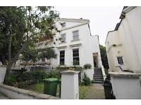 3 bedroom garden flat, 2 bathroom, on Priory Terrace, Available furnished. great location