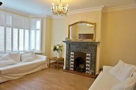 4 Bedroom Semi-Detached House in Edgware