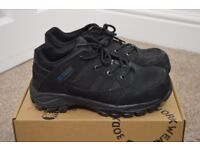 Safety Shoes (Size 5) - Bodyguard Workwear Ultralight Premium Trainer