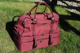Bowl Bag Henselite Triple Decker Excellent Condition almost as new amazing value as cost about £50