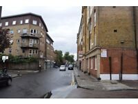 CALL NOW SPACIOUS ONE DOUBLE BEDROOM FLAT IN WHITECHAPEL ZONE 2
