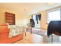 4 BEDROOM SPLIT LEVEL APARTMENT TO RENT IN CAMBERWELL GROVE SE5 - WITH VERY OWN HUGE PRIVATE TERRACE