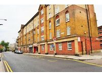 CALL NOW - SPACIOUS TWO DOUBLE BEDROOM FLAT AVAILABLE IN THE HEART OF WHITECHAPEL E1