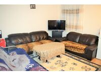 £1,750.00 PCM - FOUR BED HOUSE TO RENT IN EAST HAM E6 - BOOK A VIEWING TODAY
