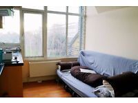 COMPACT STUDIO FLAT IN ACTON AVAILABLE FROM 28TH MARCH FOR £750 PER MONTH WITH UTILITIES INCLUDED!