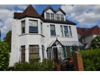 Beautiful recently refurbished one bedroom flat to rent only 5 minutes walk to Bromley South station