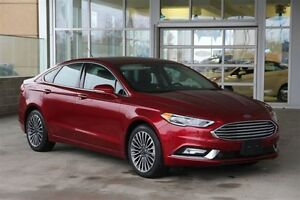 2017 Ford Fusion SE AWD 2.0 with Leather Moonroof & Navigation