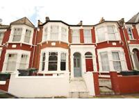 Furnished 2 Bedroom Garden Flat Walking Distance To Turnpike Lane Piccadilly Line