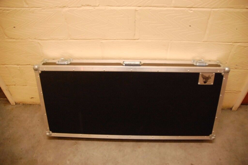 Large Keyboard/Guitar Flight Case for sale