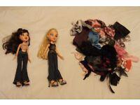 2001 Bratz dolls, Cloe and Jade with Original Cloths + Extra Cloths