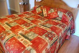 Super Kingsize Bedspread