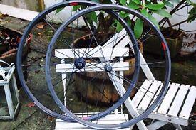 Bontrager Race XXX Lite Road Racing Carbon Clincher Wheelset 700c 1340gram like Zipp Mavic Reynolds