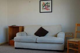 Large Double Room available now including bills -£87 pw and only £200 deposit PRIVATE LANDLORD