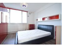 Rooms Available *Cable Street* E1* 3 LARGE DOUBLE BEDROOMS!! £750 PER MONTH!! BARGIAN