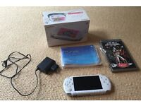 Sony PSP Slim and Lite Pearl White with Star Wars Battlefront 2