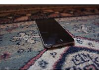 iPhone 6 16GB Unlocked with cases