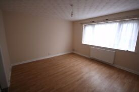 ONE BEDROOM FLAT * DSS/HB CONSIDERED * GR FL * SHOLING * LONG LET * NO FEES * RESPONSIBLE LANDLORD