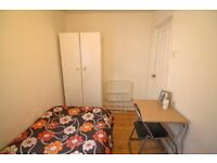Small and cheap single room in Plaistow 10 minutes from Canning Town. Call in now, move in TOMORROW
