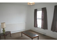 Wood Green N22. Large & Moden 2 Bed Furnished Flat with Garden in Period Conversion on Quiet Street