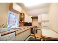 THREE DOUBLE BEDROOM FLAT IN NW11