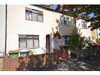 NEWLY REFURBISHED HOUSE 3 double bedroom Part furnished Newly fitted kitchen Newly painted
