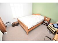 BRILLIANT 2 BEDROOM HOUSE WITH A PRIVATE GARDEN ! LOCATED IN EAST CROYDON !!