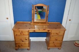 Antique pine dressing table with free standing mirror
