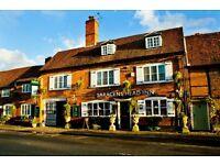 Fulltime Experienced Bar staff - Old Amersham - £9.00 per hour