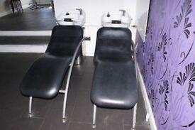 Hairwashing chair and sink x2