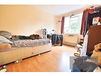 NO AGENCY FEES. Split level 4 bed flat in Oval SW9 with private balcony and communal garden